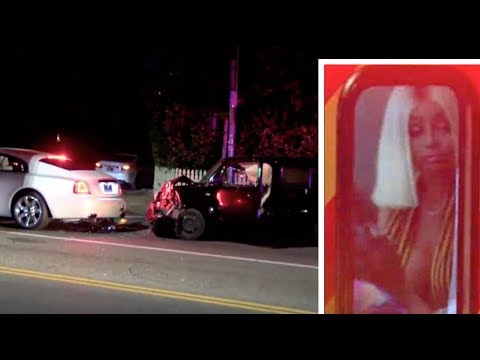 blac chyna in ambulance after a 'drunk driver' into the back of her